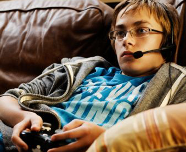 video game addiction in teenagers More teens are being treated for what researchers are calling internet gaming disorder research and patient visits over the past few years havesome doctors believing gaming.
